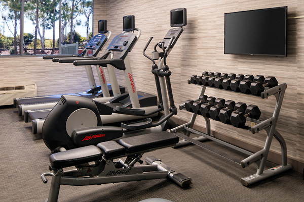 Courtyard by Marriott Richmond/Berkeley Hotel Fitness and Work Out Room